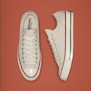 Converse 70 low top cream sneakers